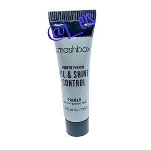 5️⃣/$25 SMASHBOX Photofinish Oil Control Primer